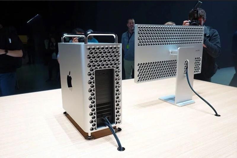 Подставка для монитора Apple