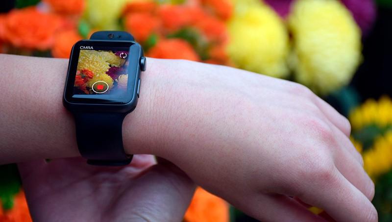 Часы с камерой от Apple