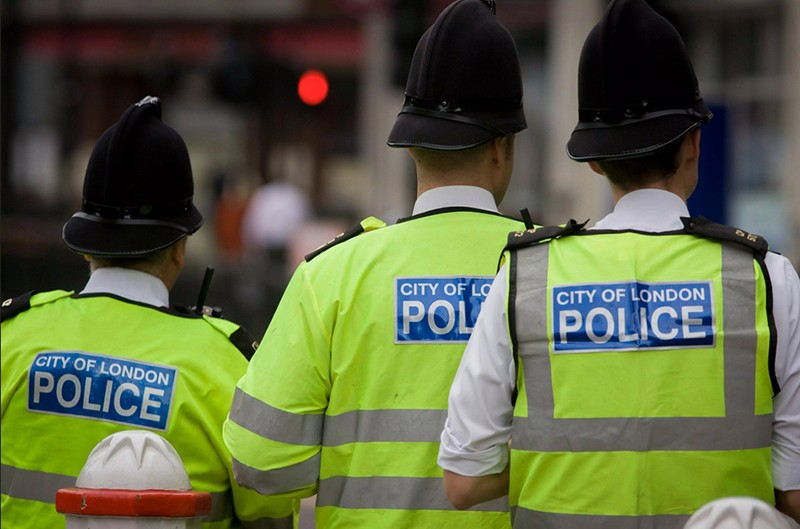 Полиция в Лондоне фото