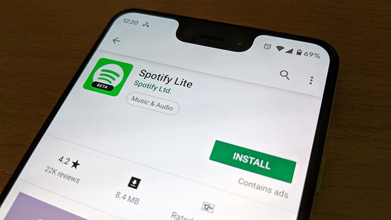 Spotify в AppStore