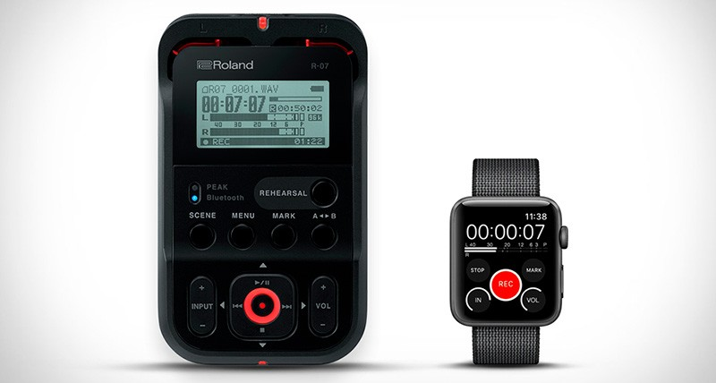 Roland R-07 и Apple Watch