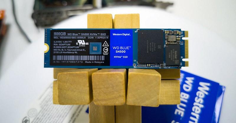 WD Blue SN500 фото