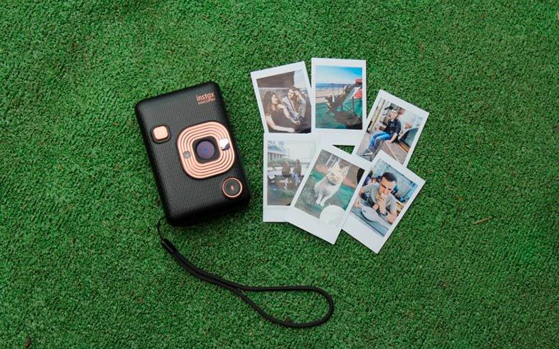 Instax Mini LiPlay – фотографии со звуком