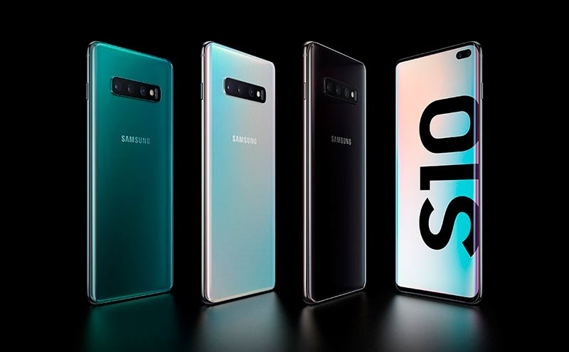 Samsung Galaxy S10+ фото