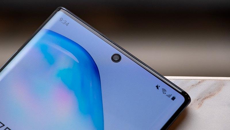 фронтальная камера Galaxy Note 10