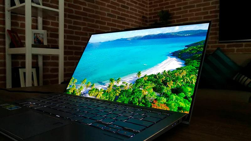 Дисплей ZenBook S13 UX 392