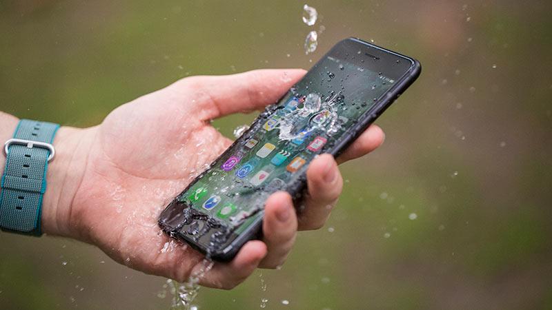 Водонепроницаемость iPhone 7 Plus