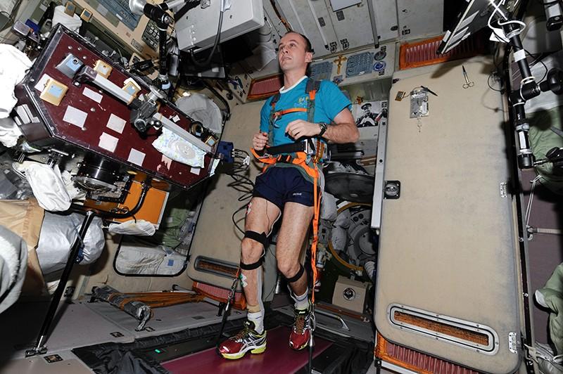 Физические упражнения в космосе