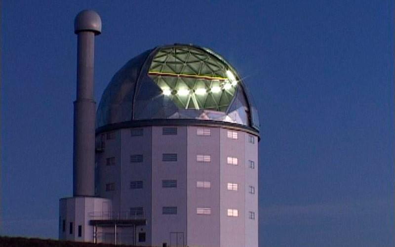 Большой южноафриканский телескоп фото