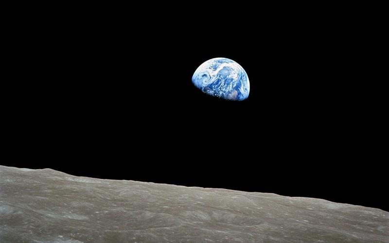 Фото «Восход Земли» НАСА