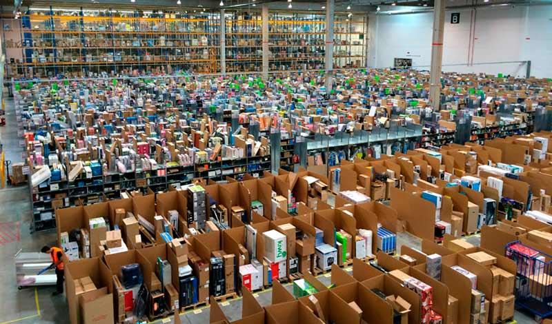 Компания Amazon фото
