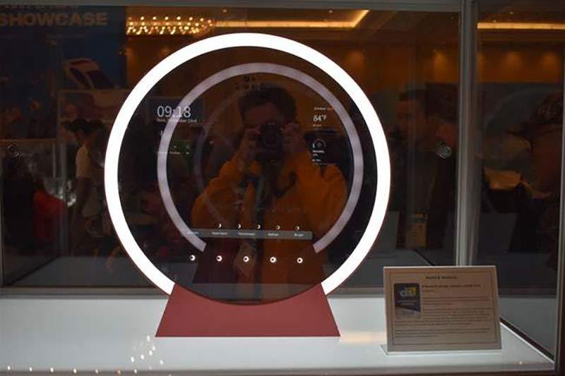 Зеркало, анализирующее состояние кожи фото