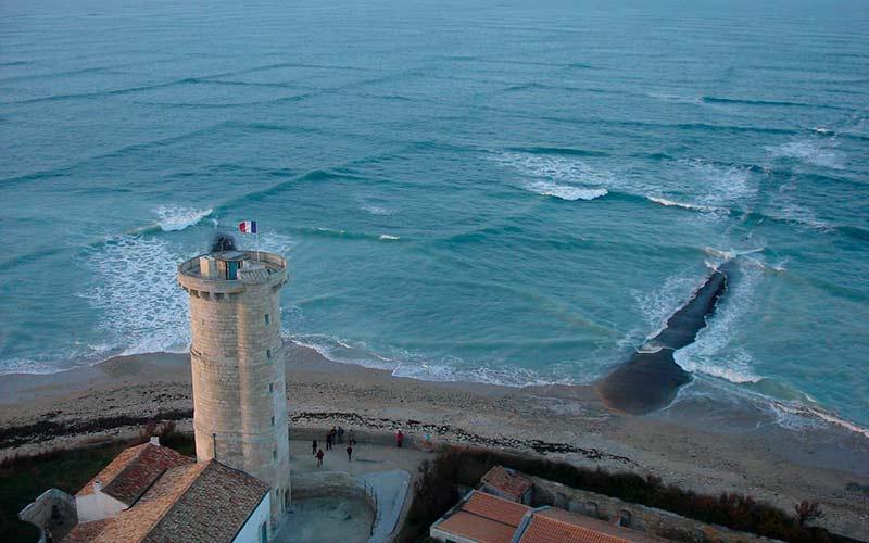 Перекрёстные волны фото