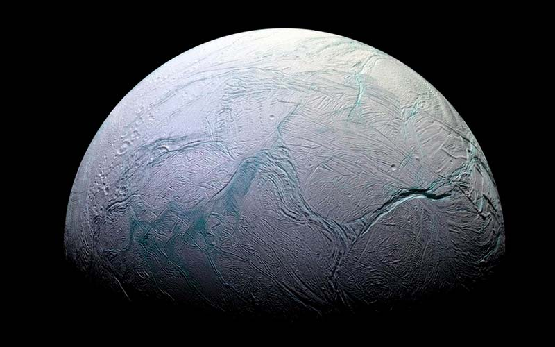Спутник Энцеладе