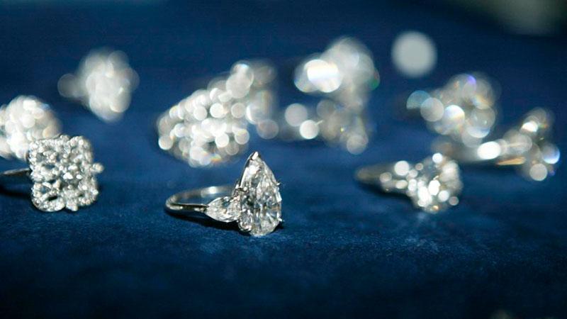 Украшения из лабораторных алмазов фото