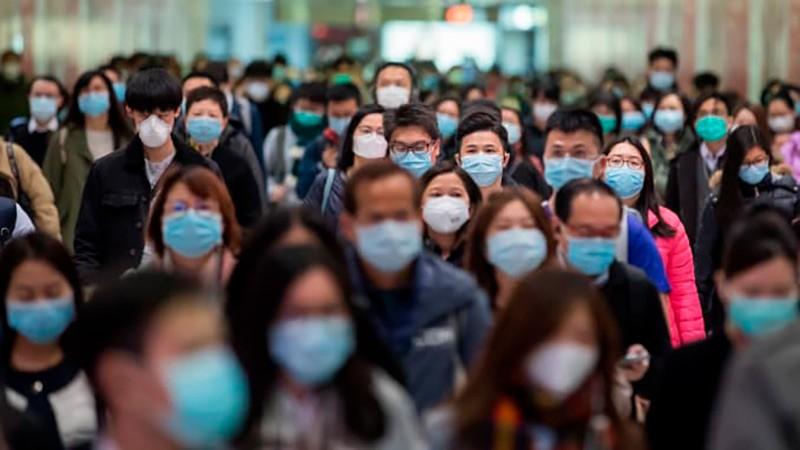 Жители города в масках фото
