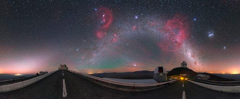 космические «фейерверки» фото