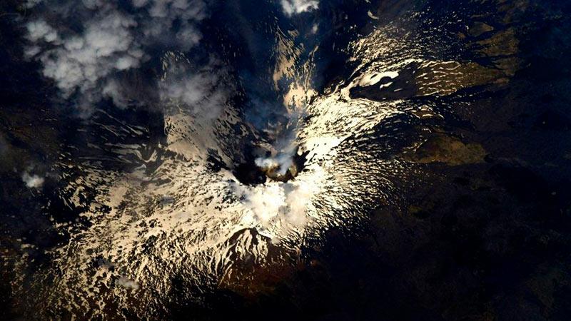 Извержение вулкана Этна фото