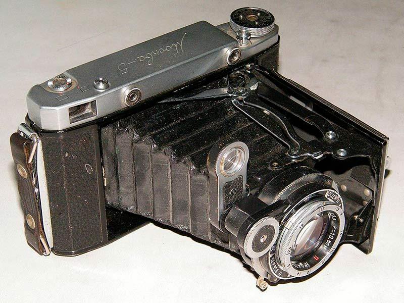 Складной среднеформатный фотоаппарат Москва фото