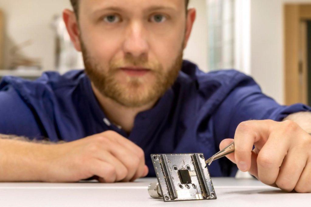 Ученые разработали датчик, благодаря которому телефоны смогут замерять загрязнение воздуха